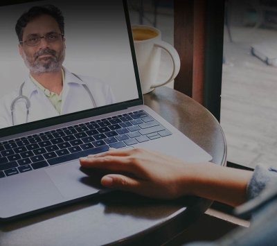 Patient and doctor on virtual conference