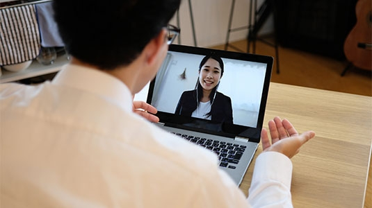 two people having a video call